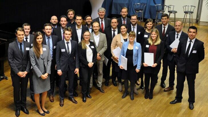 Group picture of the Friedrich-Wilhelm-Preis 2017 graduates