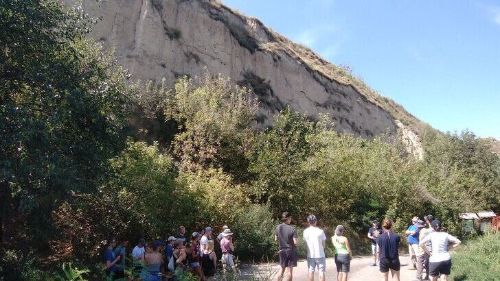 Excursion group at Titel loess plateau